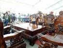 Choáng 2 bộ bàn ghế giá 'khủng' trăm triệu đồng bán cho đại gia Việt