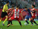 Barcelona gia tăng cách biệt với Atletico sau trận derby Catalonia?