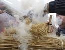 Hà Nội: Hấp dẫn lễ hội thi thổi cơm bằng cách cổ xưa nhất