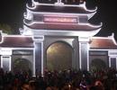 Hàng nghìn người giao lưu quan họ trong đêm trước hội Lim