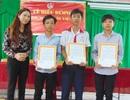 Trung ương Đoàn khen thưởng 3 thiếu niên trả lại tiền nhặt được