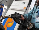 """Thuế bình quân gia quyền xăng dầu: Doanh nghiệp đầu mối hưởng lợi, Bộ nói """"chưa có cách tốt hơn"""""""
