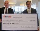 NYCRC đạt mốc 4.600 Thẻ xanh cư trú vĩnh viễn được phê duyệt