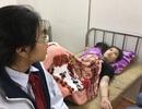 Hít phải khói độc, hàng chục học sinh nhập viện cấp cứu