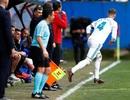 """Sergio Ramos bất ngờ """"mất tích"""" 5 phút vì lý do tế nhị"""