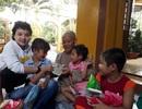 Cần Thơ: Trao hơn 135 triệu đồng đến cô gái nhỏ một mình chống chọi với bệnh ung thư