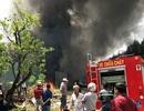 Xưởng phế liệu cháy rụi hoàn toàn sau tiếng nổ lớn