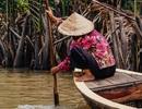 Một Việt Nam đẹp bình dị và hồn hậu qua ống kính du khách Tây