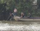 TPHCM: Bơi qua sông hái trái bần, 1 thanh niên mất tích