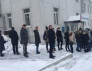 Người Nga xếp hàng hiến máu cho nạn nhân vụ hỏa hoạn làm 64 người chết