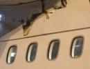 Pháp: Hoảng hồn phát hiện máy bay thủng thân giữa trời