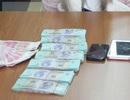 Vận chuyển tiền tệ trái phép qua biên giới, một phụ nữ bị bắt