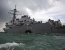 """""""Thủ phạm"""" khiến tàu chiến Mỹ va chạm tàu hàng ngoài khơi Singapore"""