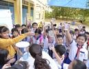 Đưa nước sạch đến cho trẻ em vùng khó khăn