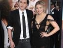 Cặp kè với người mẫu Playboy, con trai David Beckham bị chỉ trích