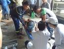 Sập giàn giáo công trình, 2 công nhân bị thương