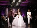 Tường Linh làm vedette trong show thời trang