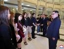 Nhà lãnh đạo Triều Tiên xúc động khi xem nghệ sĩ Hàn Quốc biểu diễn
