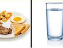 Có nên uống nước lọc trong khi ăn hay không?