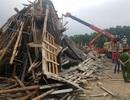 Sập giàn giáo thi công cây xăng, nhiều công nhân bị vùi trong đống đổ nát