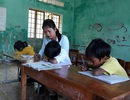 """Lớp chỉ có 3 học sinh: Cô giáo """"xin"""" phụ huynh cho các em ở lại trường"""