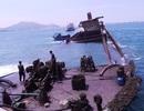 Trục vớt tàu chở 3.000 tấn quặng chìm 6 tháng dưới biển Quy Nhơn