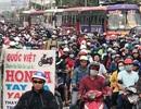 """Xe máy tấp nập đổ về miền Tây, giao thông cửa ngõ Sài Gòn """"nghẹt thở"""""""