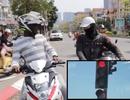 Đèn xanh đèn đỏ và giao thông Việt Nam trong mắt người nước ngoài