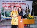 Nữ Hoàng Trần Huyền Nhung giao lưu thơ, nhạc ở chùa Vân Sơn