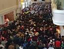 Hàng nghìn du khách chen chân, xếp hàng mua vé lên Fansipan dịp nghỉ lễ