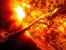 """Mặt Trời sẽ """"nuốt chửng"""" Trái Đất trước khi tắt lửa?"""