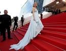 Váy áo đẹp như nữ thần của mỹ nhân người Đức