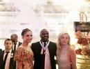 """Trương Thị May làm vedette tại Cannes, thân thiết """"ngôi sao nhạc rap giàu nhất thế giới"""""""