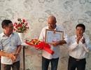 Khen thưởng hai người nước ngoài cứu hai cháu bé trong căn nhà cháy