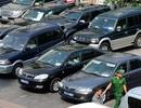 Hà Nội: 4 Sở, 4 quận huyện khoán xe công được 52 người