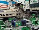 2 xe ô tô va chạm, hàng nghìn vỏ chai bia tràn xuống đường, giao thông ùn tắc