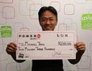 Trúng thưởng 2 triệu USD sau 18 năm chỉ đánh cược một dãy số
