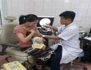 Sức khỏe bé 3 tháng tuổi uống cả lọ vắc xin phòng bại liệt ra sao?