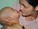 Tiếng khóc xé lòng của bé 3 tuổi bị u não thất