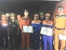 Vượt gần 200km cứu 14 thuyền viên gặp nạn