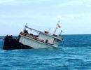 Tàu Trung Quốc chở hơn 100 tấn thịt trâu chìm trên biển Móng Cái