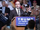 """Cố vấn trẻ tuổi đứng sau chính sách nhập cư """"gây bão"""" của ông Trump"""