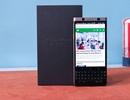 Đập hộp Blackberry KeyOne phiên bản màu đồng giới hạn tại Việt Nam