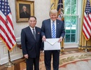 """Tranh cãi phong cách thân thiện của ông Trump khi tiếp """"sứ giả"""" Triều Tiên"""