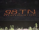 Hàng nghìn ngọn nến thắp sáng cống Hiệp Hòa trong đêm tri ân 98 thanh niên