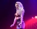 Britney khoe dáng săn chắc