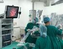 Lần đầu ứng dụng robot phẫu thuật bệnh nhược cơ