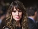 Jennifer Garner khốn khổ vì dư luận từ lúc kết hôn đến khi... ly hôn