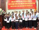Phó Thủ tướng Trương Hòa Bình trao 200 suất học bổng đến học sinh nghèo tại Đắk Lắk