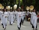5000 người khuấy động lễ hội lớn chưa từng có bên hồ Gươm